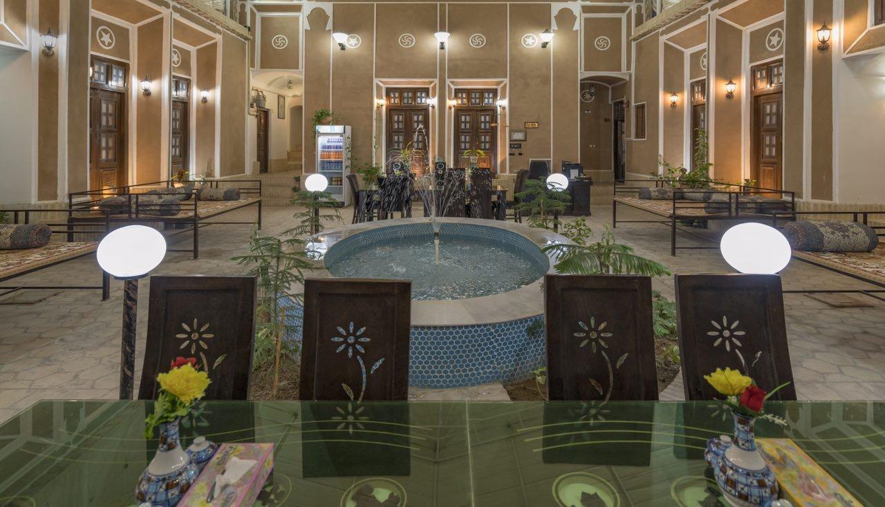 هتل سرای سنتی نقره یزد